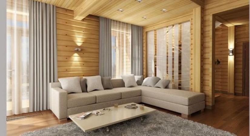 Обработанная прозрачным лаком натуральная древесина