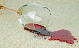 Чистка ковра: быстрые способы вывести жир, вино, кофе и другие пятна в домашних условиях