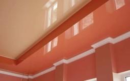 Как сделать угол на потолочном плинтусе?