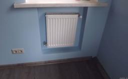 Почему радиаторы отопления устанавливают под окнами?