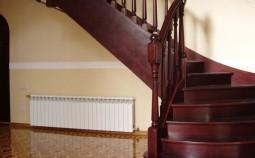 Самостоятельное изготовление лестницы на второй этаж из дерева