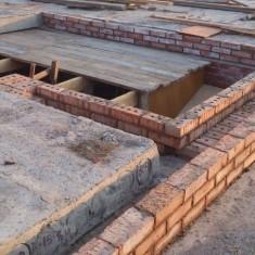 Грамотная укладка плит перекрытия на цоколь фундамента