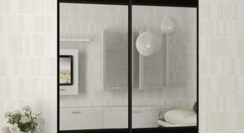Зеркальные сдвижные двери