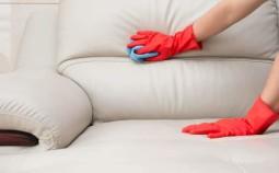Как избавиться от запаха и пятен на диване домашними средствами
