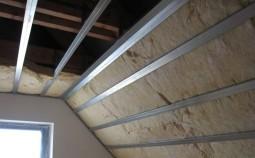 Этапы внутреннего утепления крыши дома своими руками