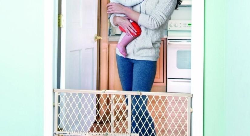 вариант детского ограждения на лестницу