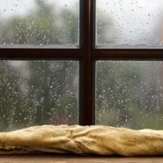 Причины и устранение запотевания деревянных окон