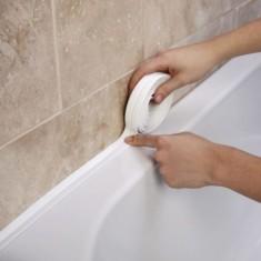 Чем заменить бордюр вокруг ванны: 5 практичных вариантов