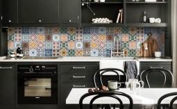 Как выбрать кухонный фартук: советы и тренды 2021