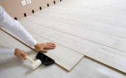 Можно ли класть ламинат на деревянный пол и как это сделать