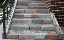 Выбор и установка ступеней из камня на лестницу