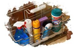 Как безопасно хранить бытовую химию на кухне и в ванной: тонкости, о которых не все помнят