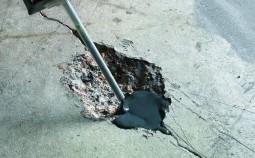 Как и чем заделать трещины в бетоне?