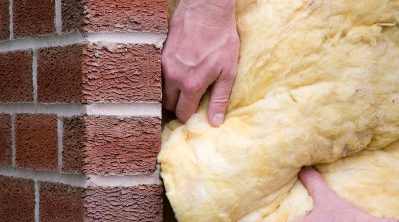 Утепление фасада кирпичного дома: материалы