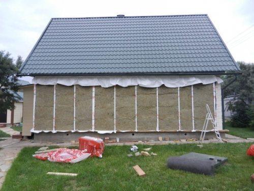 Бревенчатый дом, утепленный минватой