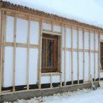 Дом, утепленный пенопластом