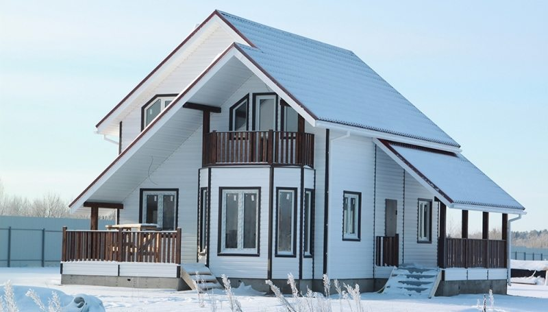 Каркасный зимний дом