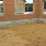 Песчаная подсыпка бетонного пола