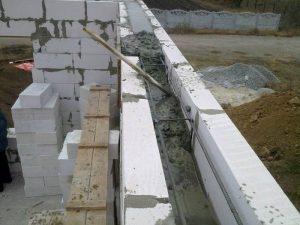 Заливка бетонного пояса