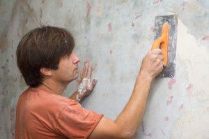 1 этап - выравнивание стены, шпатлевка