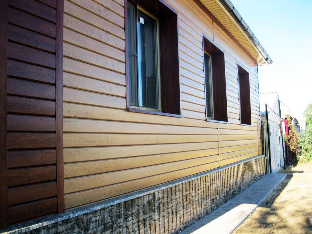 Пример отделки фасада виниловым сайдингом