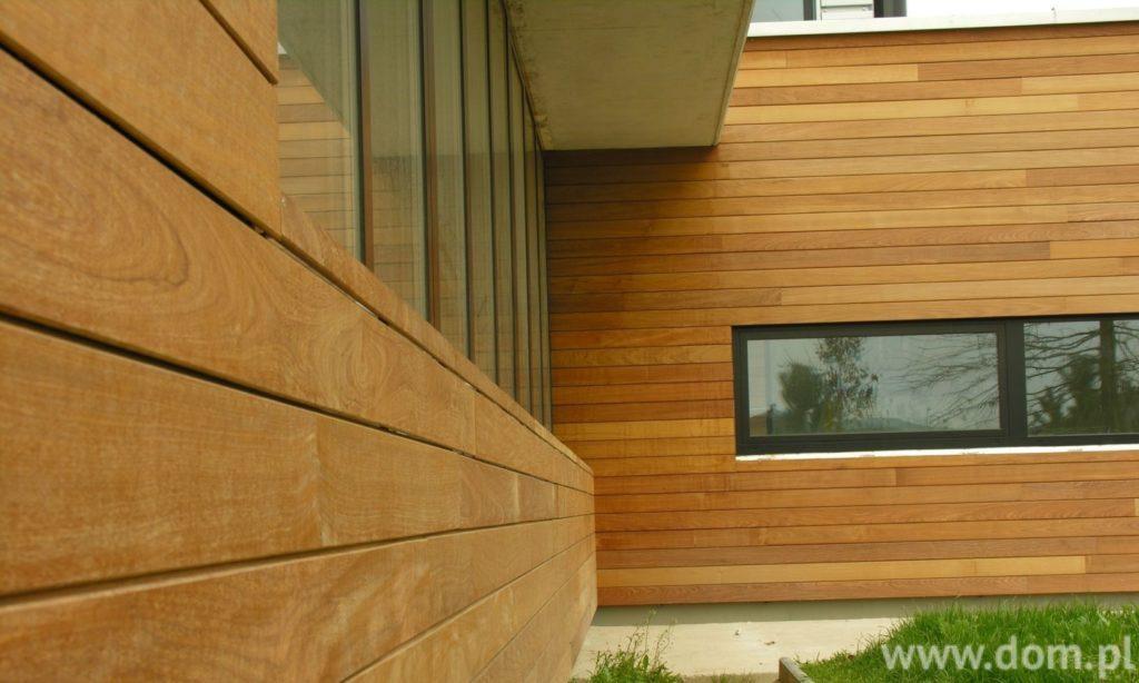 Деревянный сайдинг на фасаде