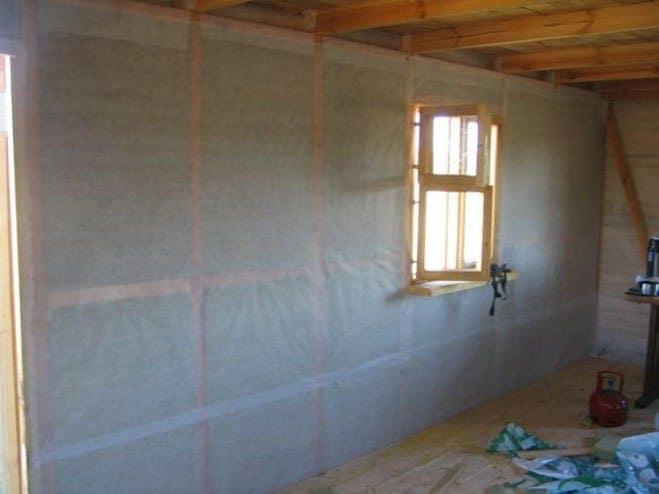 Пароизоляция на стене