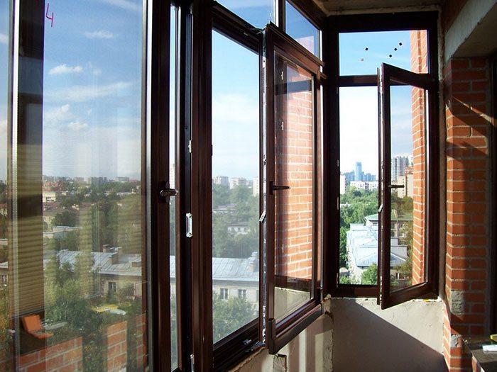 Деревянные окна с алюминием