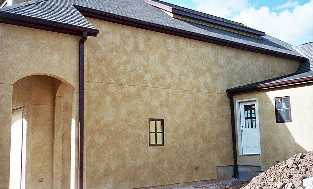 Декоративная силиконовая штукатурка фасада