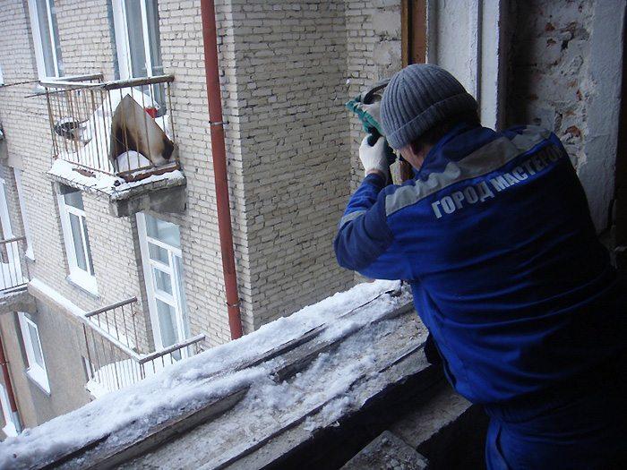 Зимняя установка пластиковых окон