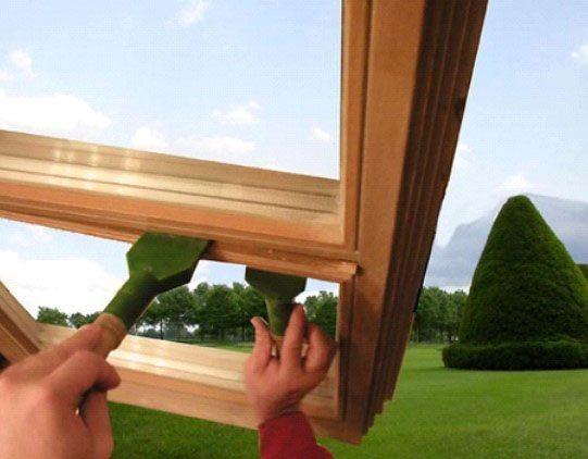 Демонтаж деревянного штапика