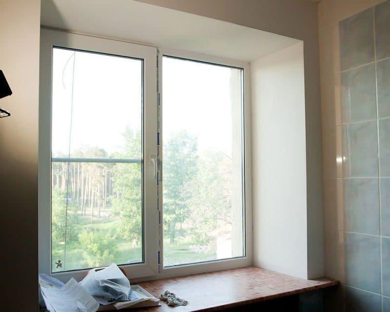 Оштукатуренные откосы пластиковых окон