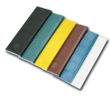 Рихтовочные пластины для регулировки пластикового окна