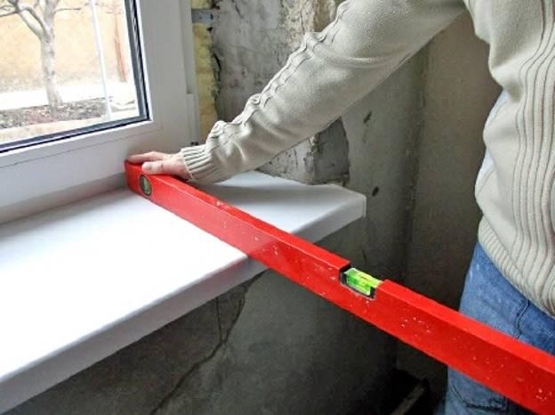 Установка откосов и подоконника на окна пвх