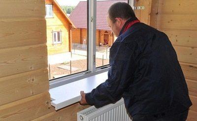 Монтаж подоконника пвх в деревянном доме