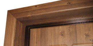Доборы и наличники на входную дверь