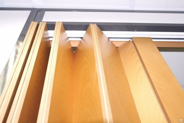 Роликовая система двери гармошки