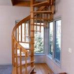 Винтовая лестница заводского изготовления