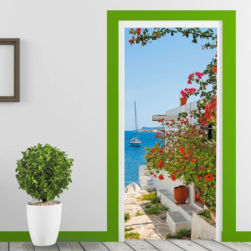 Фотообои на дверях