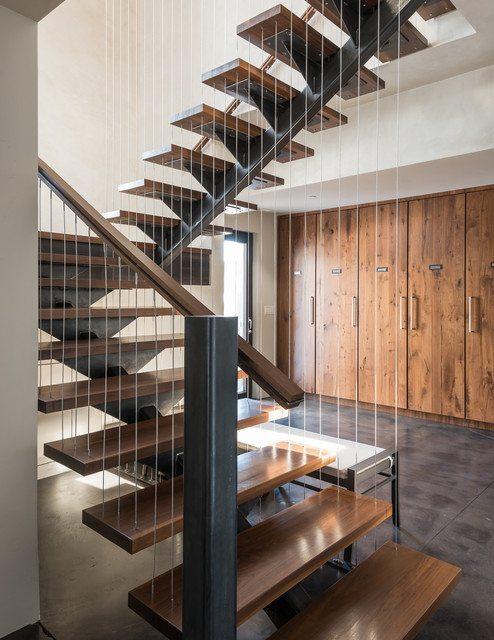 косоурная лестница на швеллере