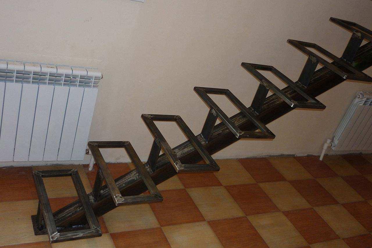 Косоуры для лестниц из металла своими руками 183