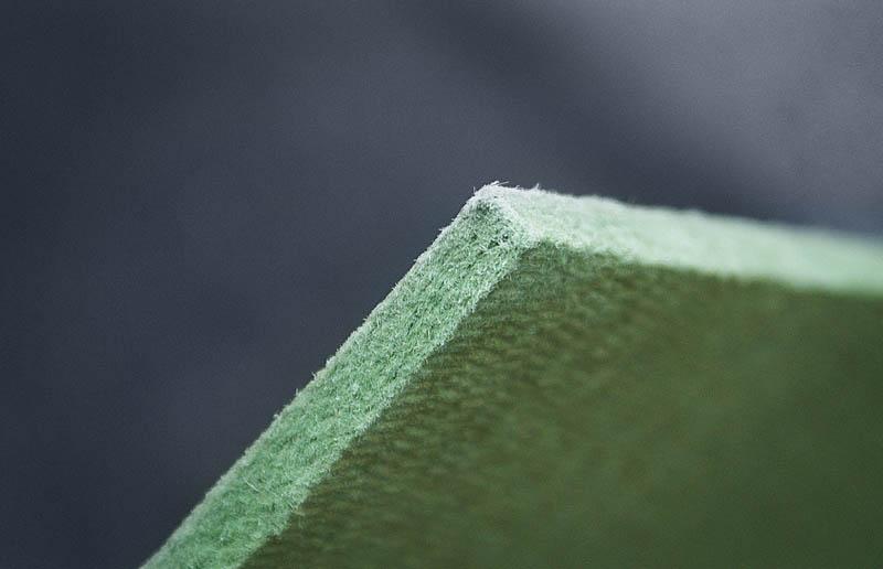 Преимущества укладки хвойной подложки под ламинат и линолеум