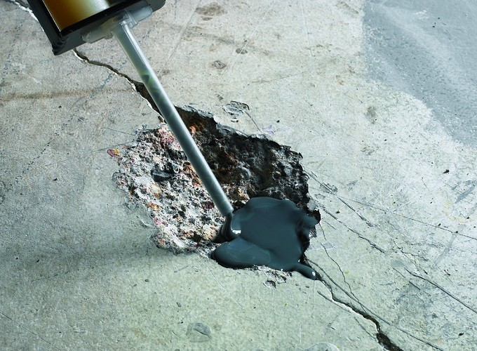 Чем заделать сколы в бетонном полу