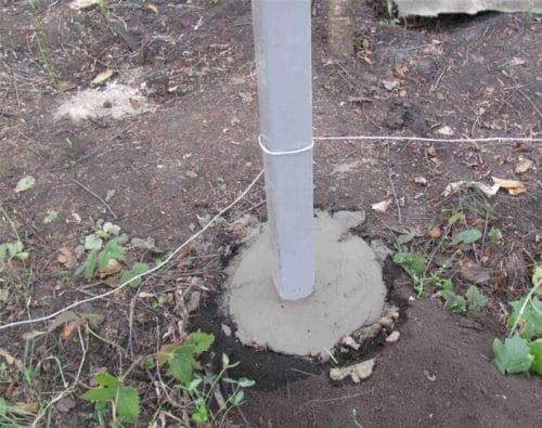 бетонирование металлического столба