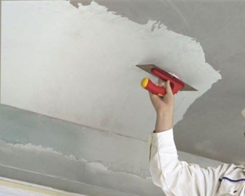 Как выровнять потолок своими руками – пошаговое руководство по выравниванию