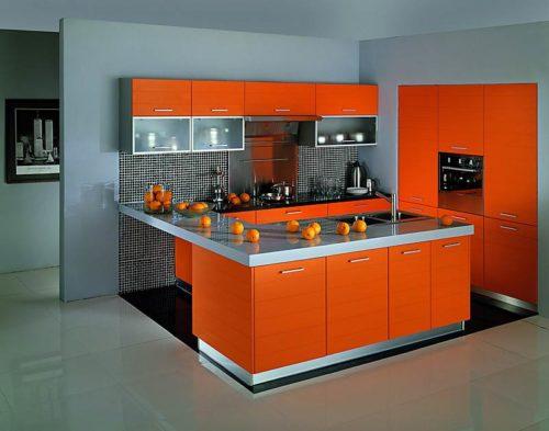 оранжевый с серым полом