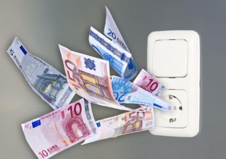 Как сэкономить на электричестве: проверенные методы и полезные советы