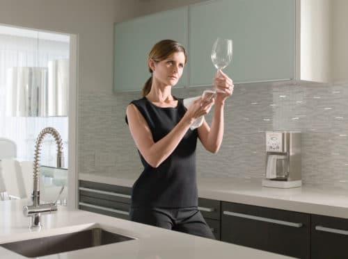 Как оперативно навести чистоту и поддерживать порядок в доме: дельные советы лентяйке