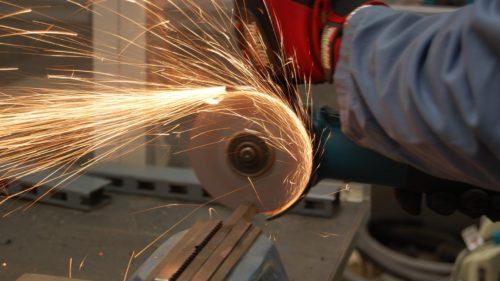 Пошаговая инструкция по изготовлению отрезного станка из болгарки