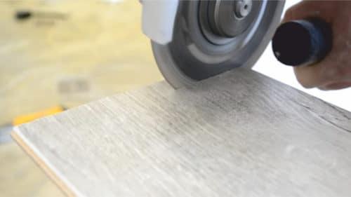 Как правильно использовать электролобзик для резки ламината